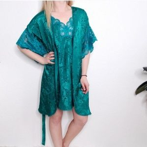 Vintage LAII Green Lace 2 Piece Night Gown Robe